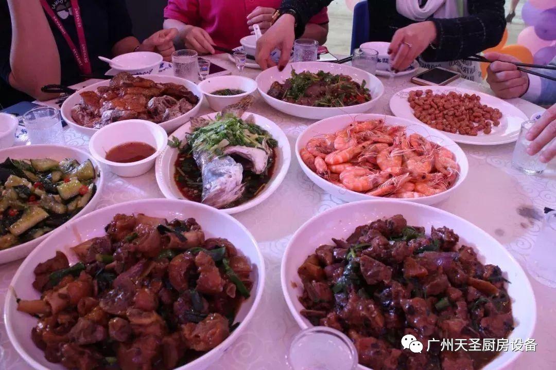 广州天圣四周年庆典4