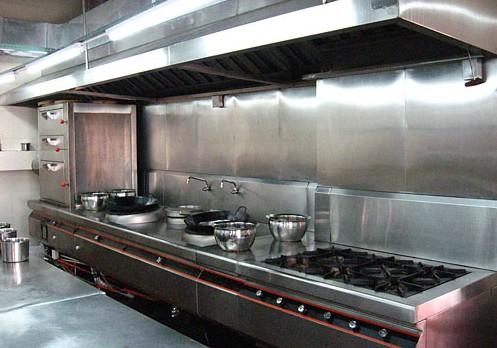小型餐馆厨房效果图